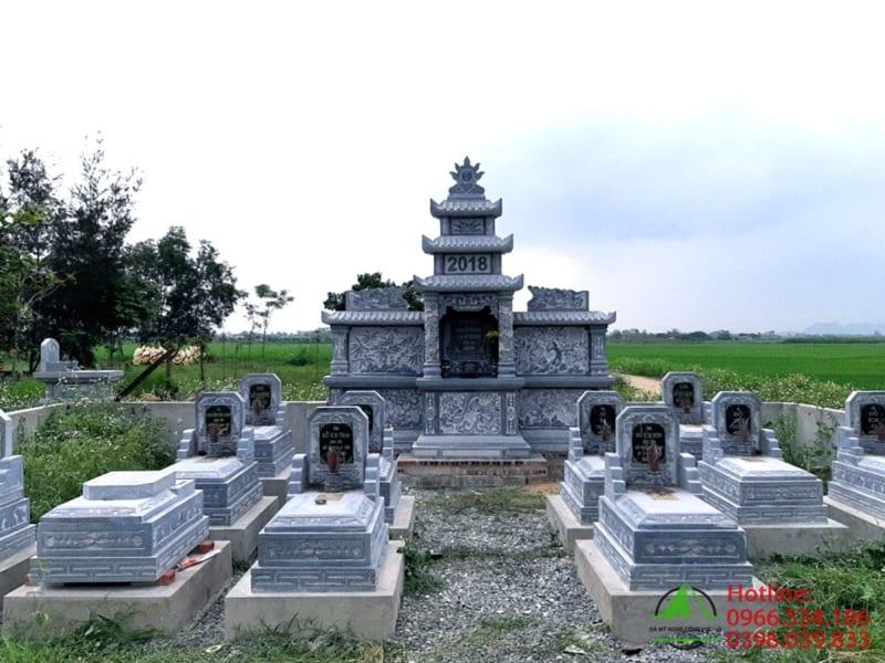 Khu lăng mộ đá khối