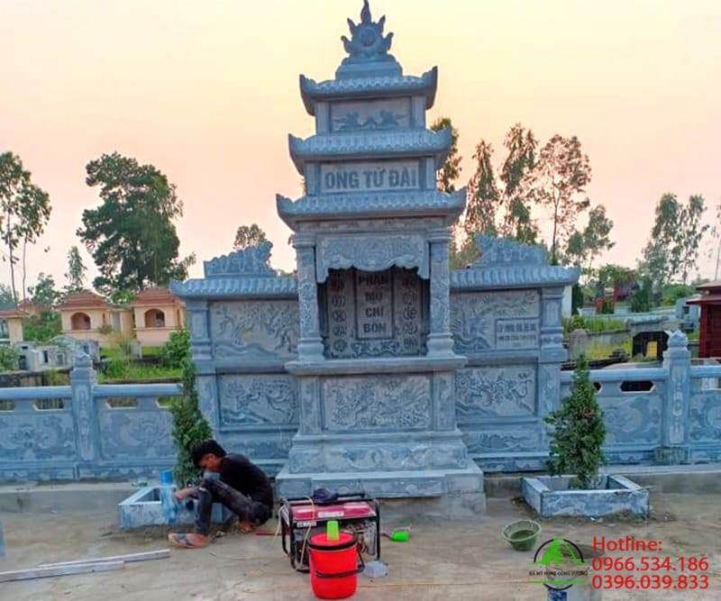 Lăng mộ bằng đá xan nguyên khối